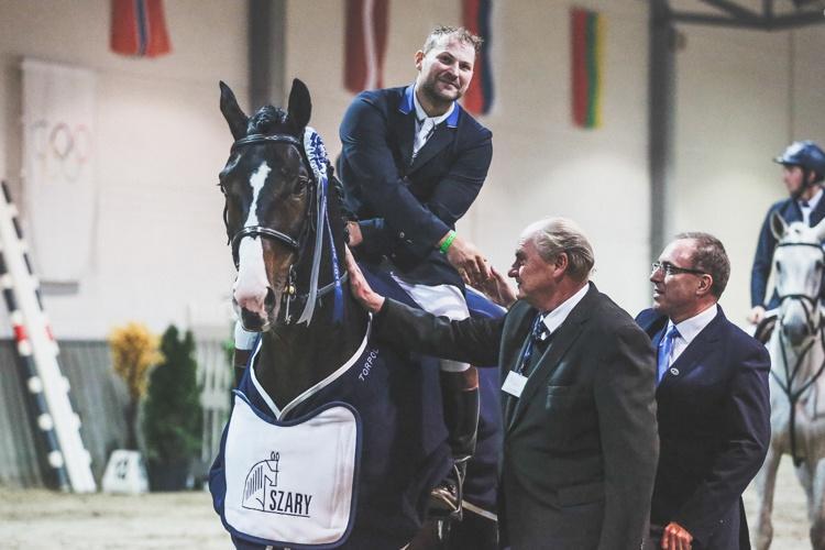 Cracovia Szary Equestrian Show 2016 Marek Klus & Carison