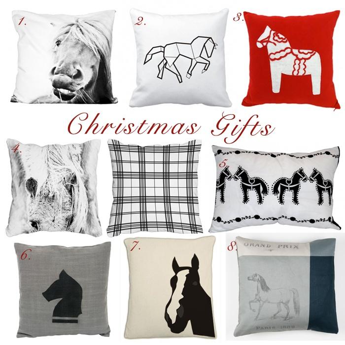Christmas Gifts Pillows świąteczne prezenty poduszki poszewki z motywem konia