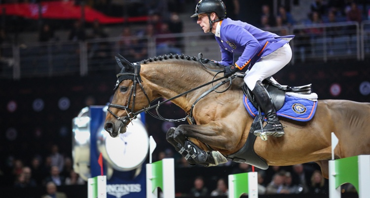 Marcus Ehning (GER) & Comme IL Faut fot Dava Palej Timeless Photography