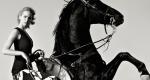 Equista - Lifestyle: Kendall Jenner jeździ konno po plaży